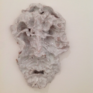 """Parsifal"", ceramica smaltata (glazed ceramic), maschera/mask, 2018, cm 23x17x7"